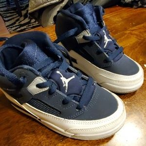 Jordan sneakers 9C boys toddler baby blue white